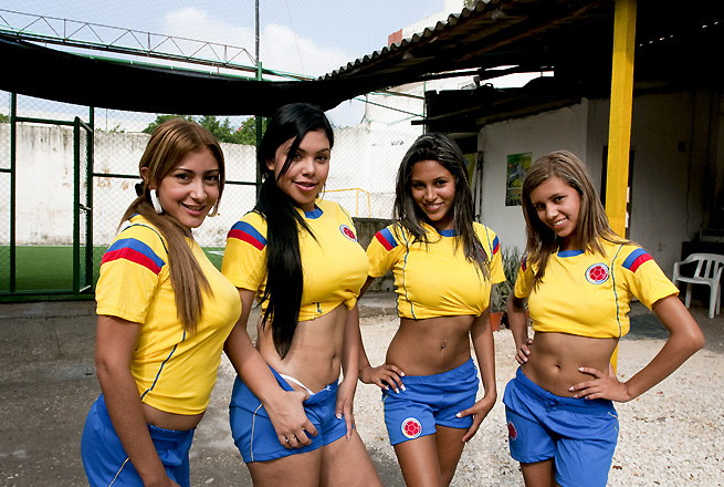 Women Soccer Players xx naket girls picture