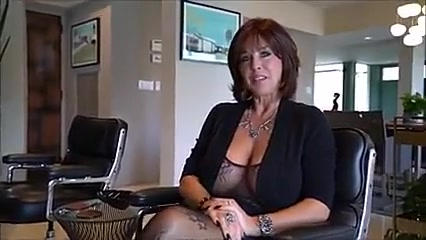 Sexy Milf hot fuck Fucking angel in applebees
