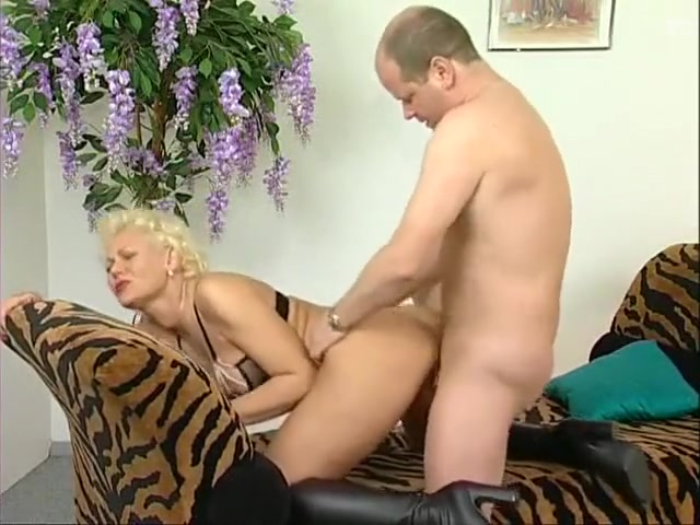 Fabulous homemade Cunnilingus, Mature adult clip naked girls private parts