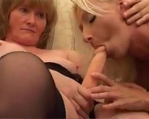 Milf gives college girl a lesbian experience she wont forget Kendra Lust Party