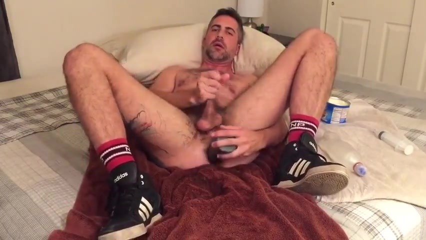 SELF FIST and TOY 1 Crying orgasm vid