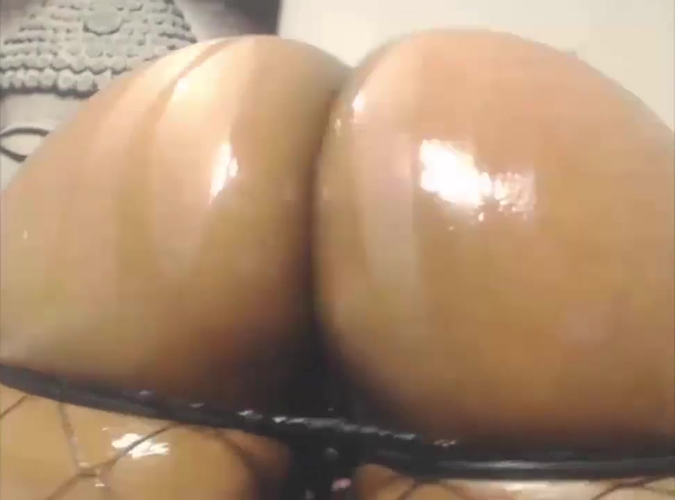 Phat Webcam Asses 75 Nude sluty girl self pics