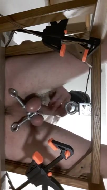 New Chair test Small tits woman blowjob penis load cumm on face