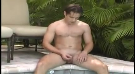 Poolside solo cunt kicking cage tfight
