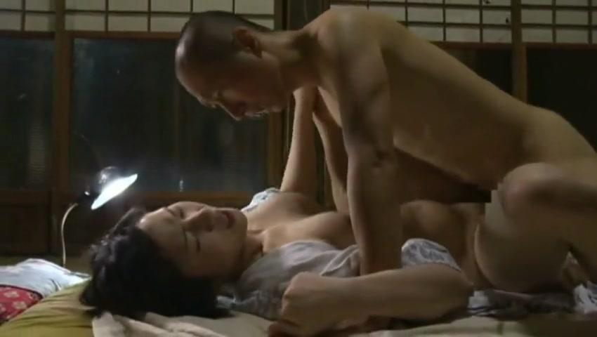 порно муж изменил с китаянкой - 1