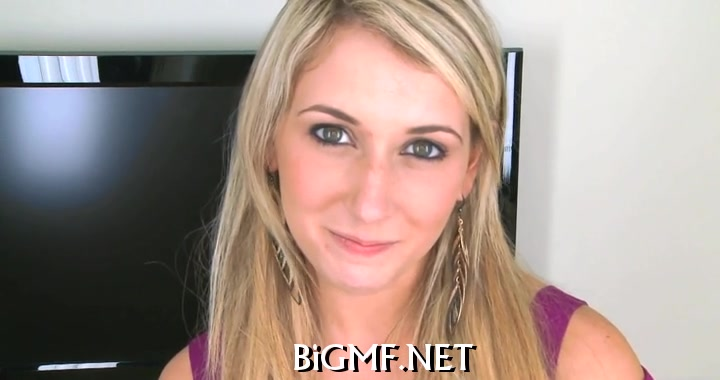 Tasting a gigantic male rod Lesbo rims ass and licks pussy
