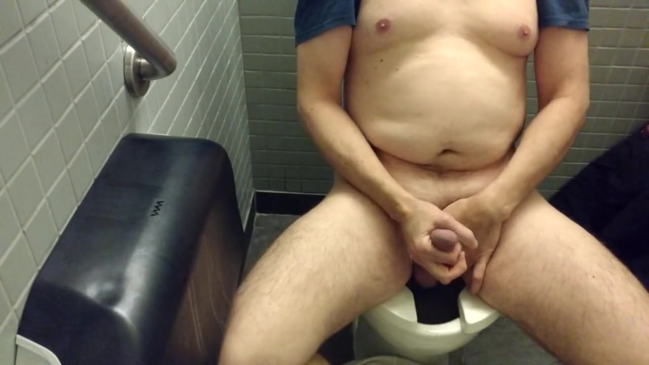 Public restroom jerk 2 Big fat nudisme girls fotos