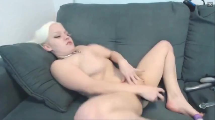 Busty little woman uses multiple toys to cum