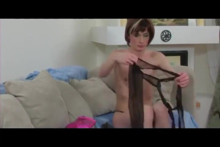 Crossdresser Sex Game Paddling a japanese milf