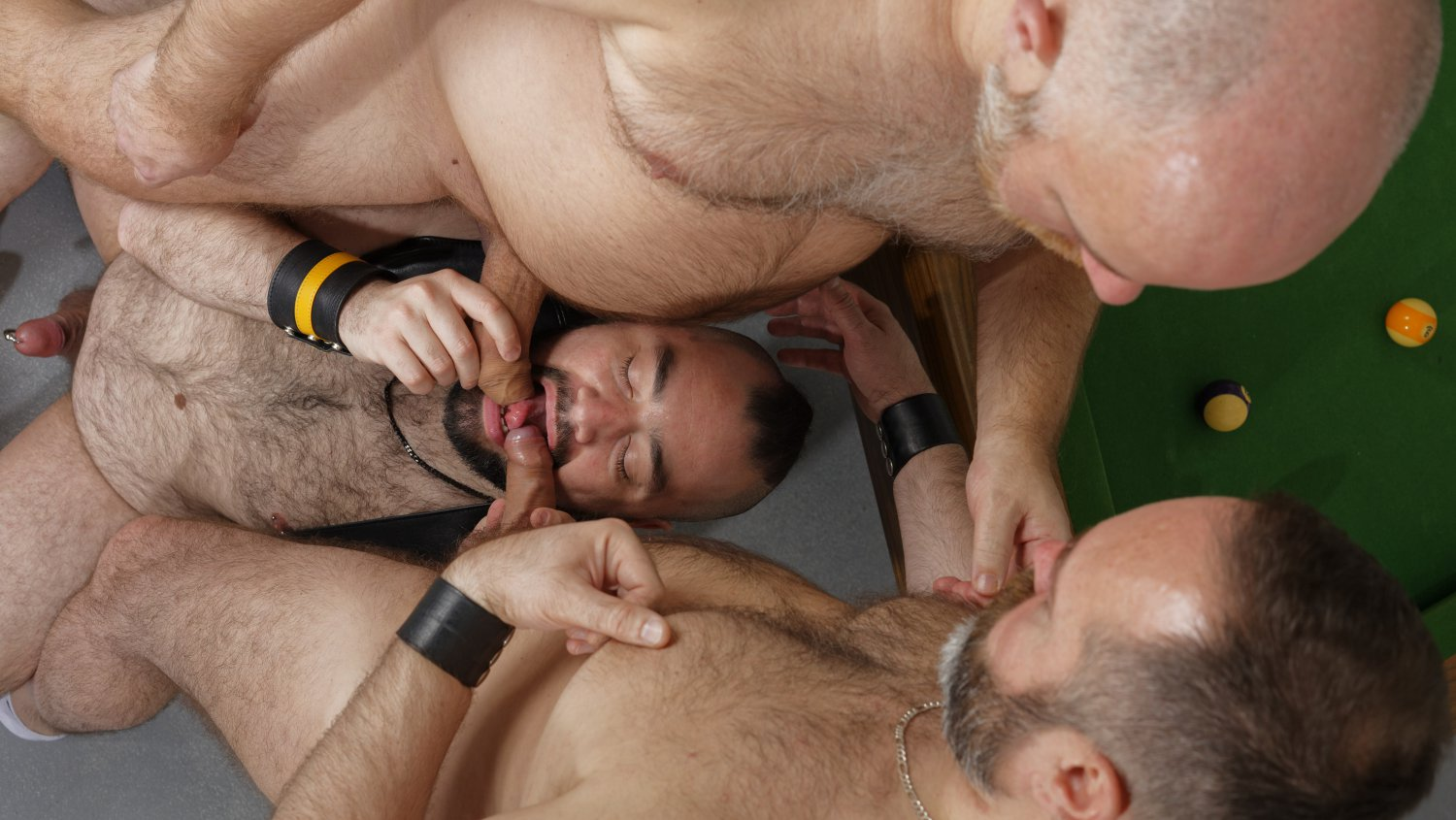 Guy English, Joe Hardness and Bearsilien - BearFilms Opposite sex friends that drop friends when dating someone new