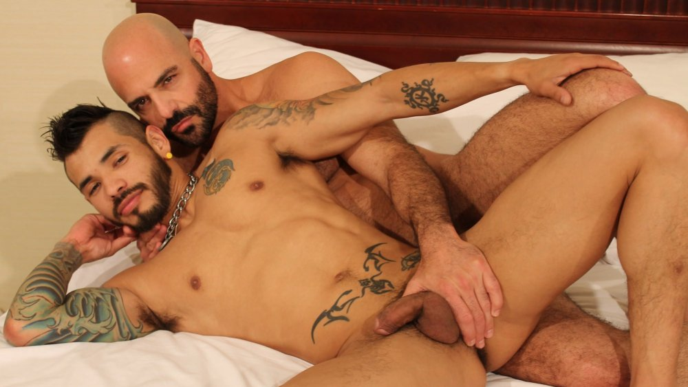 Adam Russo and Draven Torres - BarebackThatHole cam red anal i