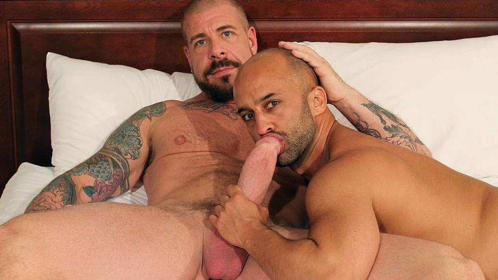 Rocco Steele and Igor Lucas - BarebackThatHole Chubby fucked hard tube