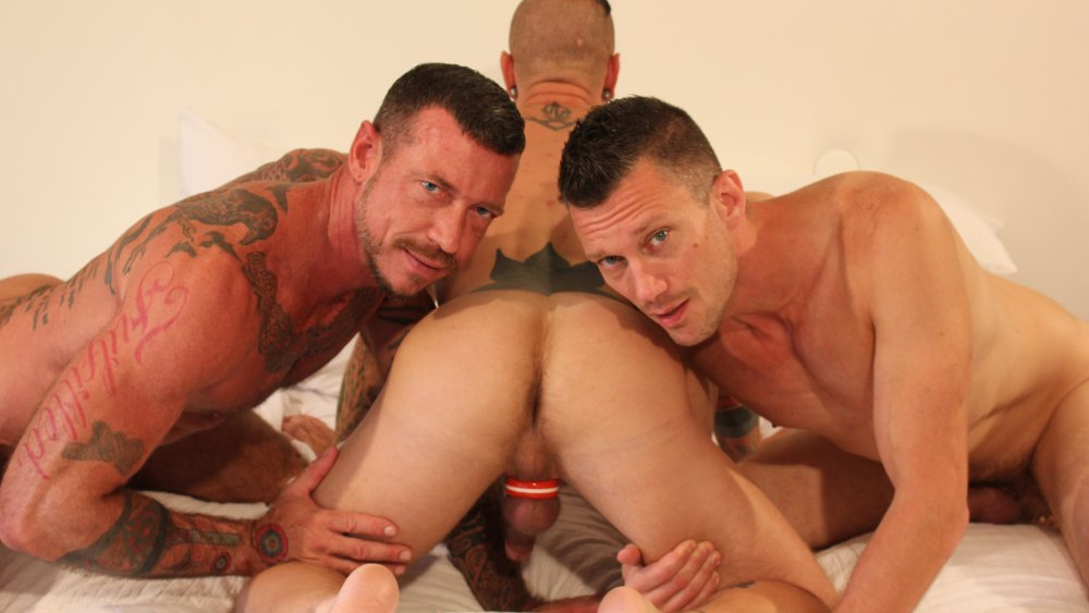Ray Dalton, Kyle Braun and Cy Cohen - BarebackThatHole Are we dating or seeing each other
