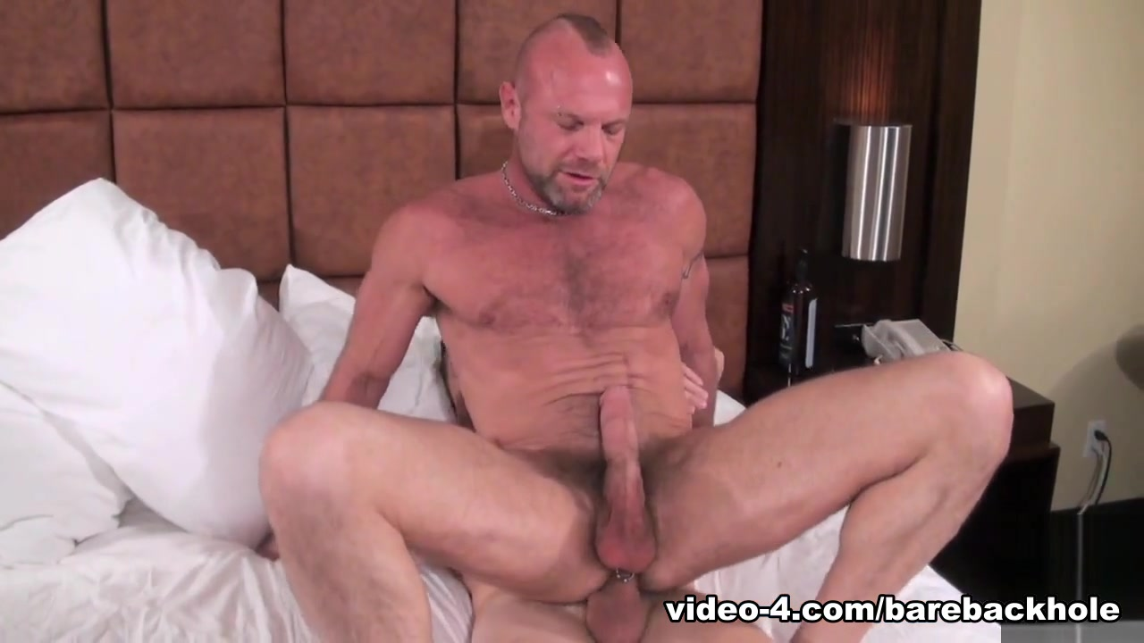 Chad Brock and Sam Crockett - BarebackThatHole Hidden camera nude pics