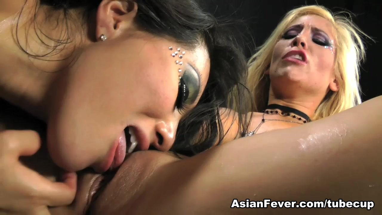Asa Akira in Asa Akira Superstar How to understand if a man is interested in you