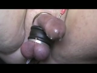 STIMMING WITH A BALL STRETCHER FOR A HFO mature lynn bbw xhamster