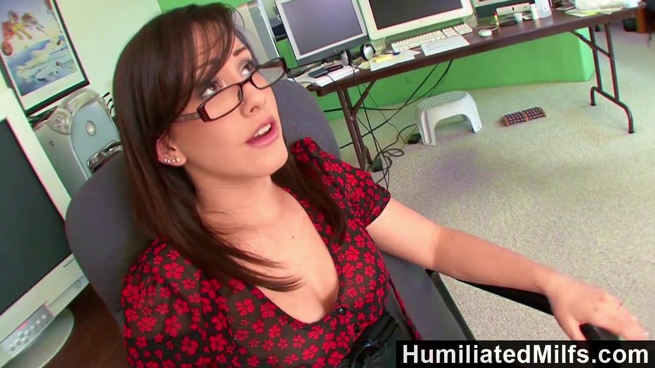 HumiliatedMilfs Jennifer White Bent Over The Office Chair Boned Black bbw beach
