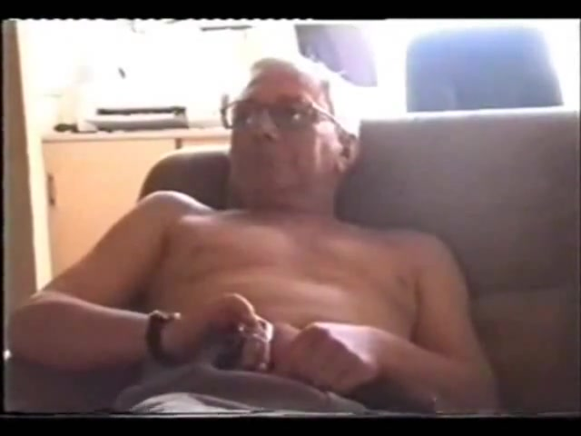 Grandpa pulling his dick on the couch Big Cock Futunari Photos
