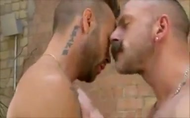 Hottest gay scene with Bears scenes Matures et cochones