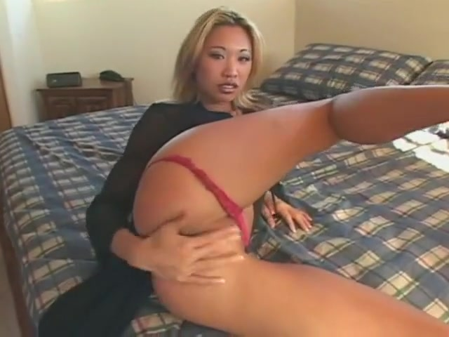 Miko Lee Nude milf tracy spreading out doors