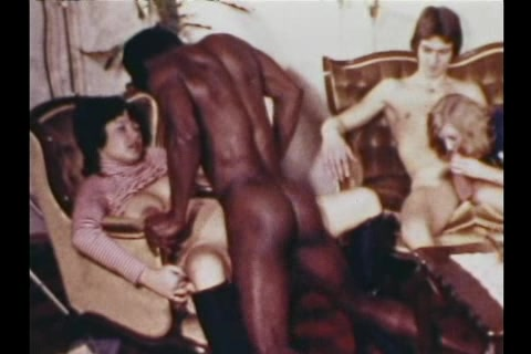 Vintage 8mm Film Black and White How to have fun with your boyfriend sexually