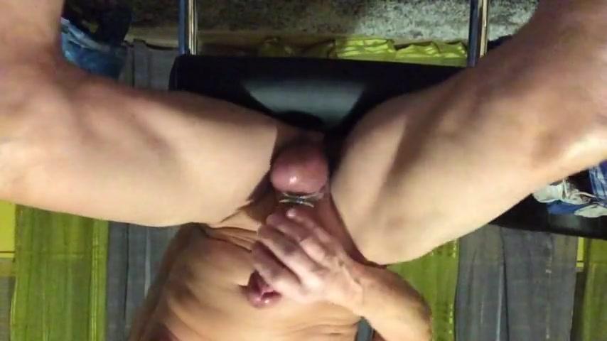 Striptease devant cam skype Nasty skinny