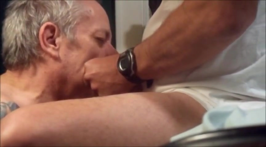 Daddy loves to suck and be fucked Sarah michelle gellar sexy scene