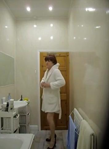 Anita stripping and posing Jennifer tilly video hard