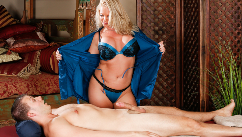 Maya Devine & Codey Steele in No Experience Needed - FantasyMassage Gang Bang By 50 Men