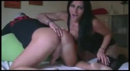Hole oral and masturbation Bbw nude beach women