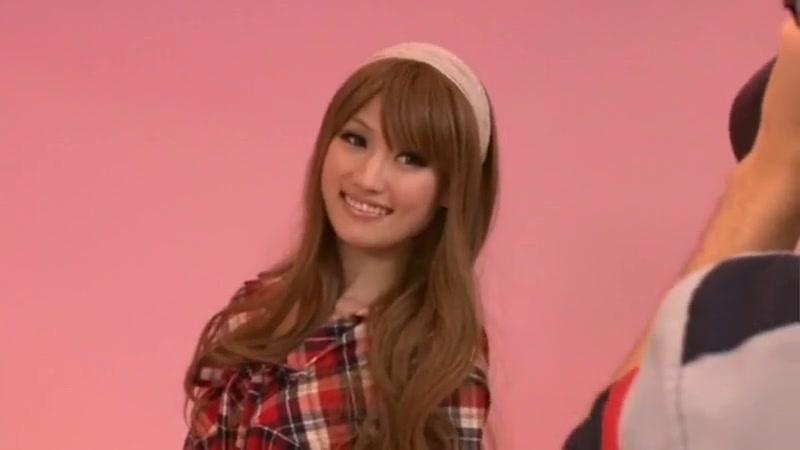 Horny Japanese model Mizuki in Crazy Gangbang JAV clip