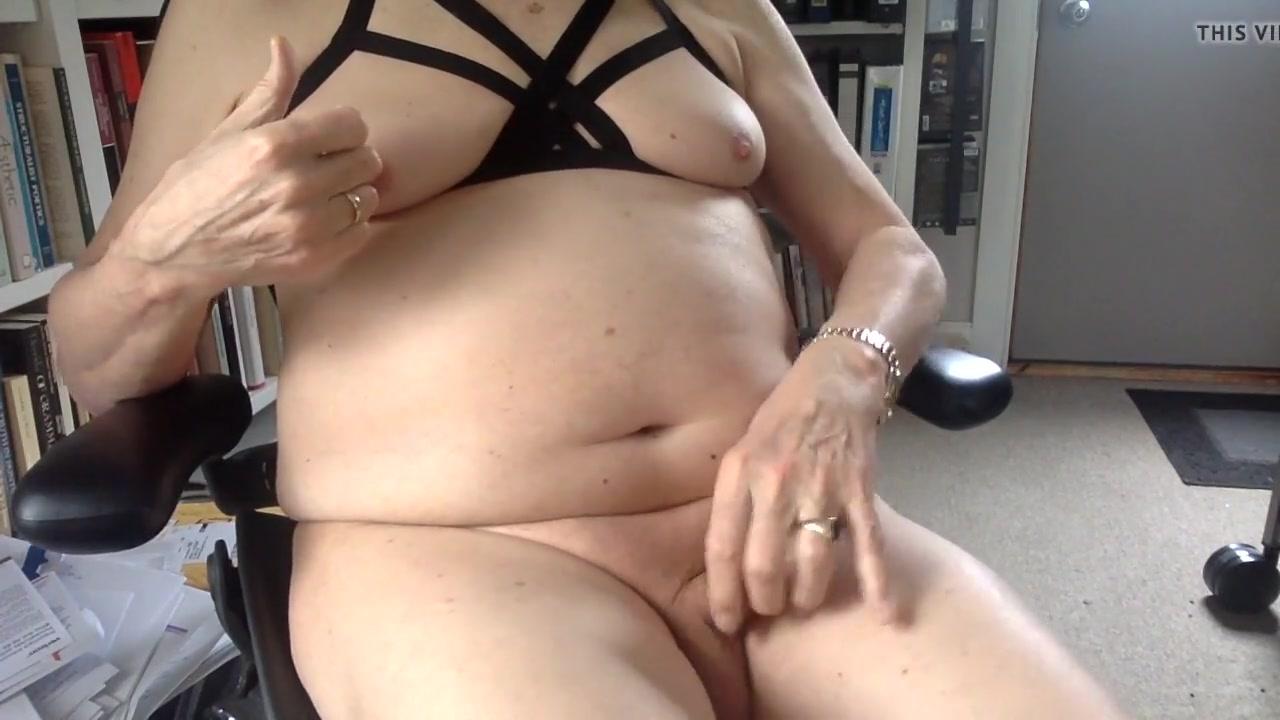 My first nipple orgasms in my new jelinda harness bra free non pass porn videos