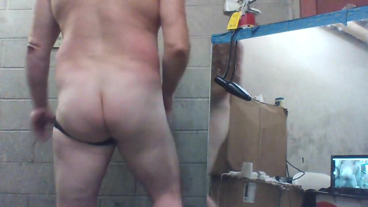 Joey d up close inflatable butt plug n long cock Wild sex on coke