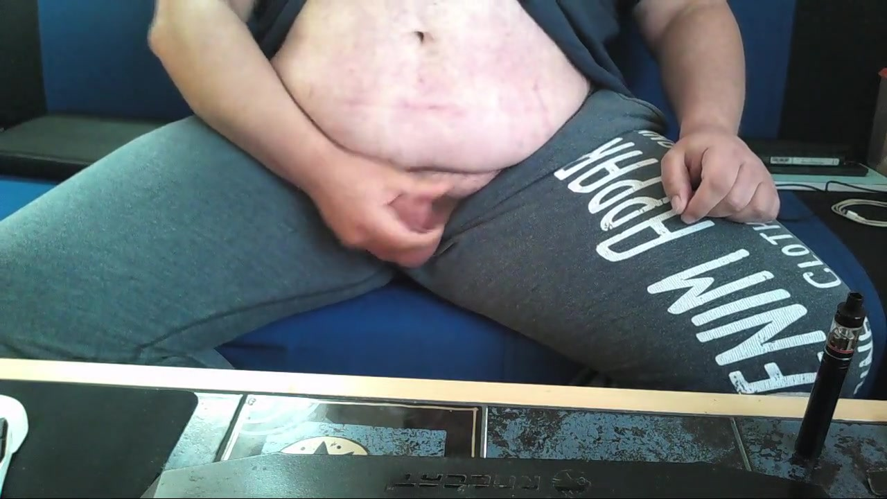 Jerking my small dicklet most dicks in one girl