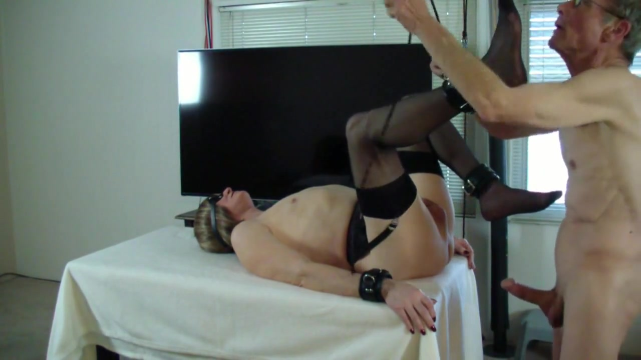 Michelle gets it in the end Real amateur milf home made blowjob mix