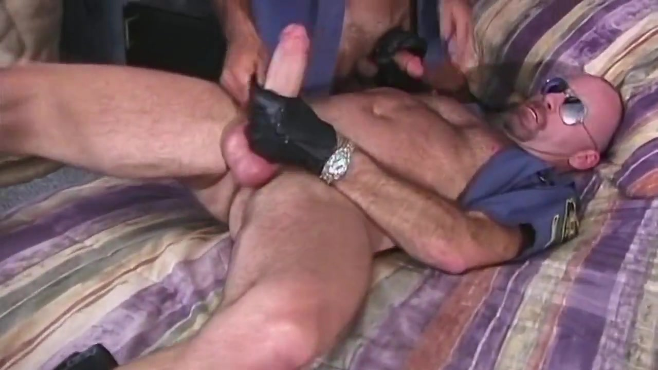 Gay porn ( new venyveras4 ) 4 make boys cum by pegging