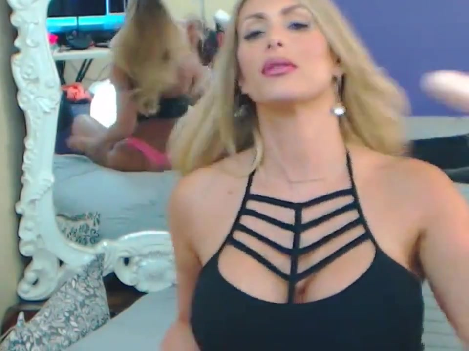 Web-981 Wwe trish stratus sexy