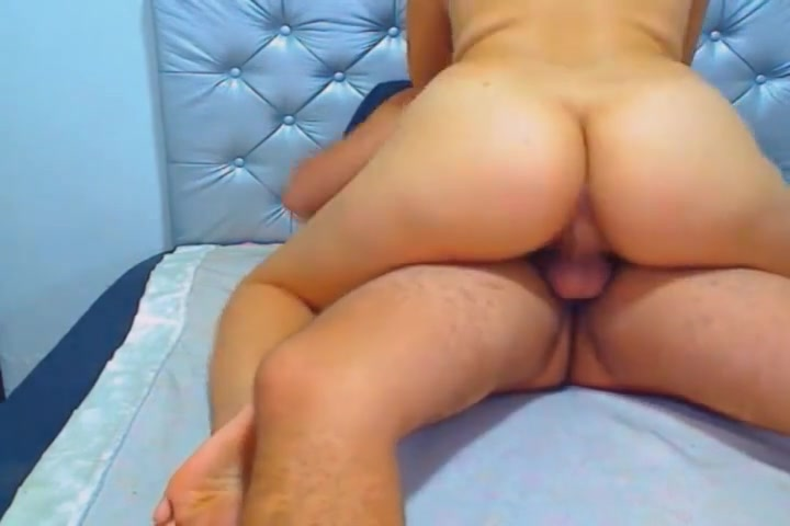 Horny couple having a sweet sensual sex Scarlett spread legs to lick soft pussy
