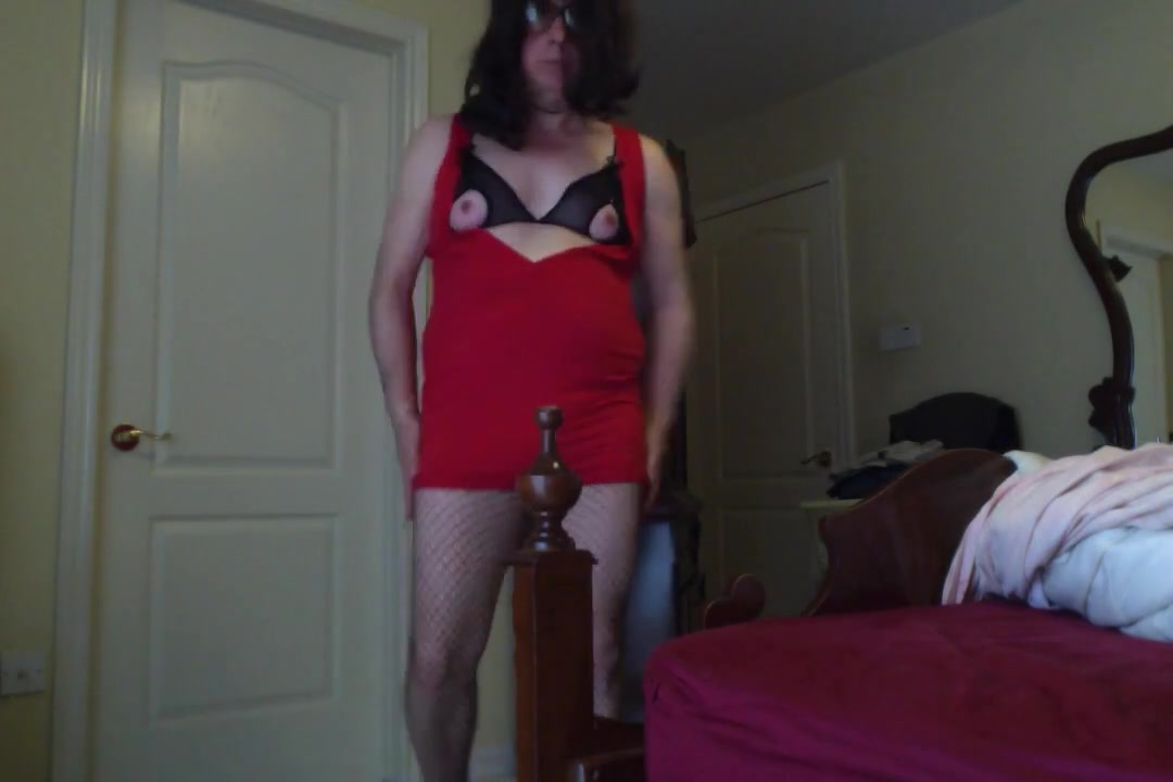 Fem sissy in red dress playing Bangla Hajhina