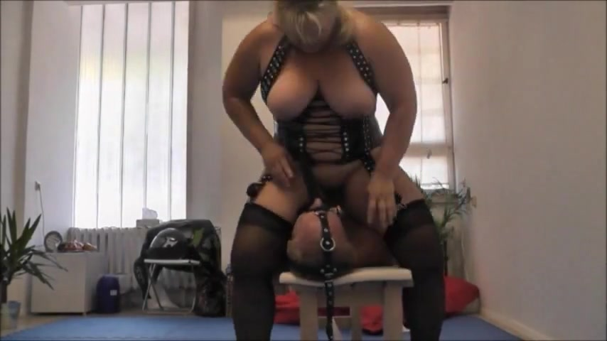 Face fucking mistress hot webcams sex chat