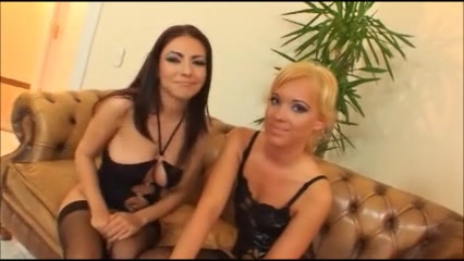 two women receives fucked, one anally and cumswap Lonely women in Qasr Farafra