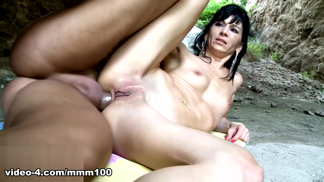 Linda India & Rob Diesel in Strong Sex - MMM100 xxx videos made for mature couples