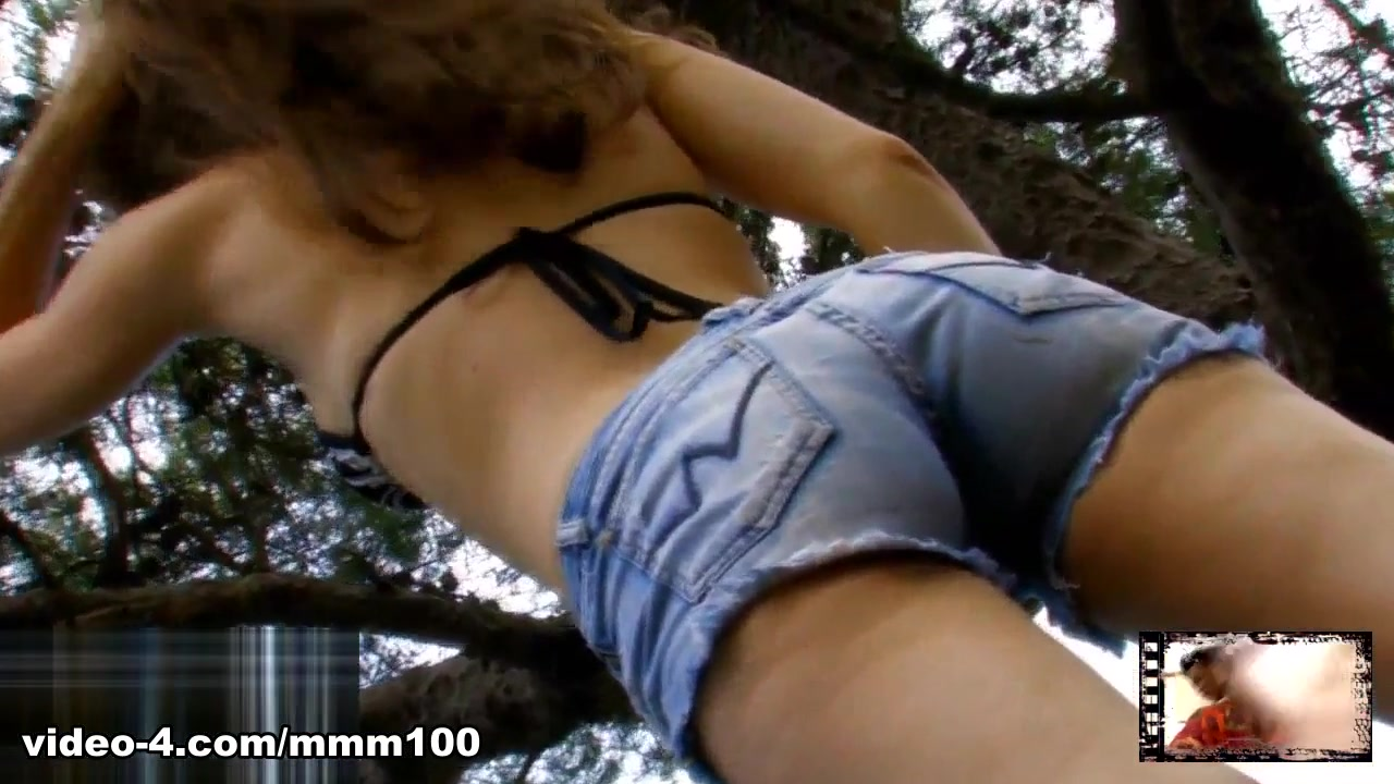 Lena Luminescente in Hot Lena Luminescente Doing A Hot Striptease - MMM100 Matures pic