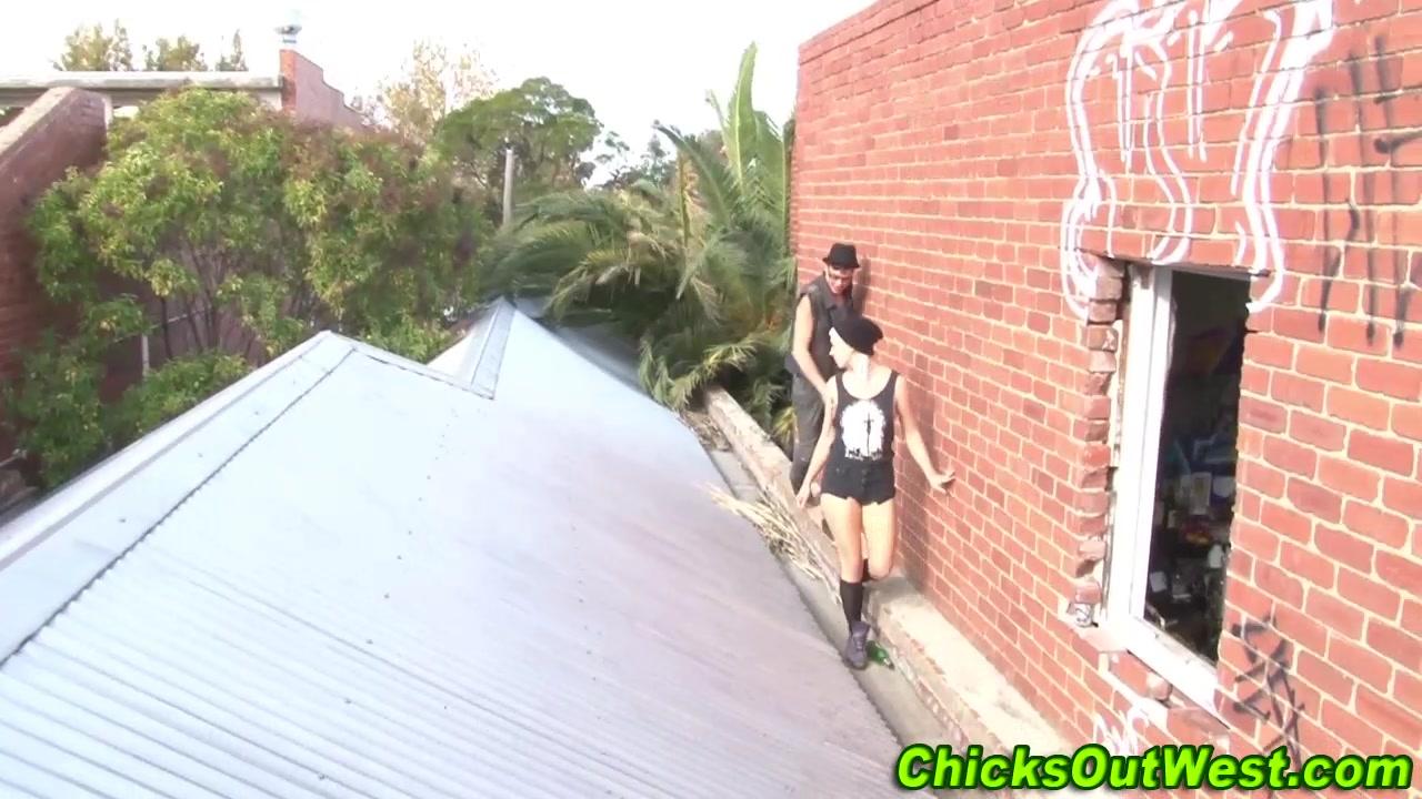 Real amateur slut ###s outdoors