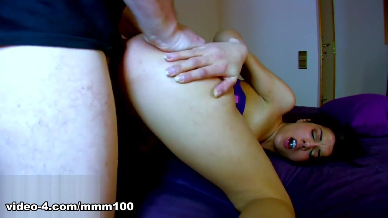 Lou Charmelle & Terry in Lou Charmelles Sex Tape - MMM100