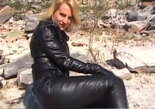 Sandra in leather