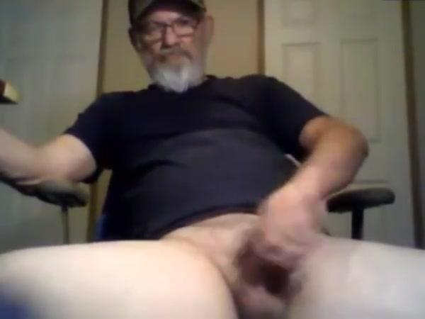Horny gay scene Outdoor handjobs mature