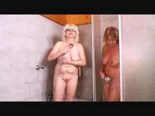 Lesbians Grannys Cum filled chubby girls having sex