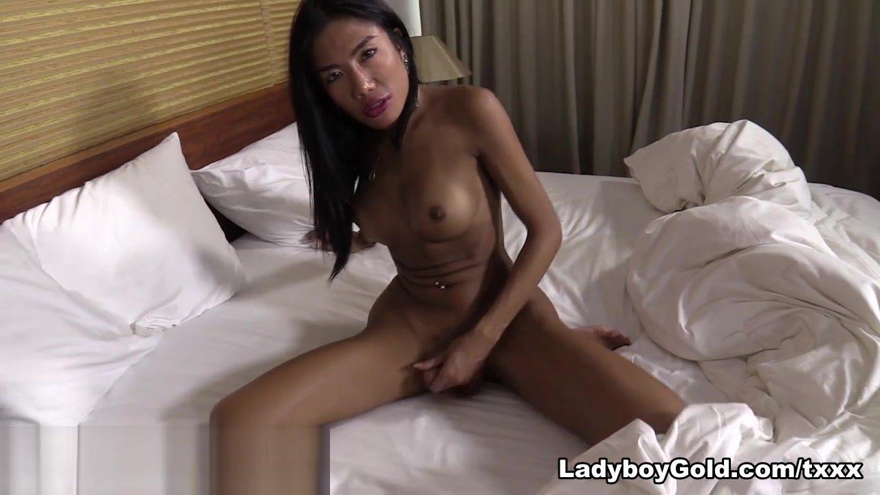 Mos in Good Morning Sex - LadyboyGold Pawg bj pov