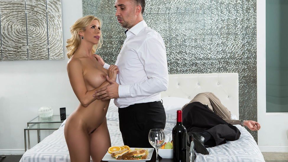 Alexis Fawx & Keiran Lee in While My Husband Was Passed Out - Brazzers Japanese bukkake swallow